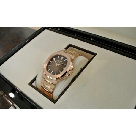 Patek Philippe replica nautilus jumbo rose gold 5711 marrone replica orologio