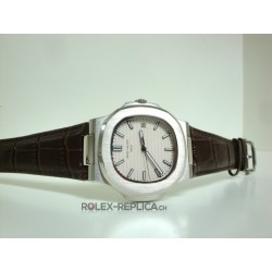 Patek Philippe replica nautilus white dial strip leather replica orologio